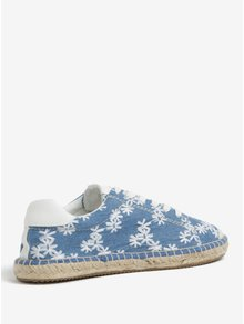 Modré dámske kvetované rifľové espadrilky s.Oliver