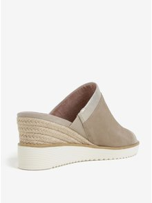 Béžové semišové papuče na plnom podpätku Tamaris