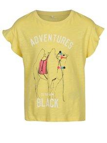 Žlté dievčenské tričko s potlačou ťavy name it Katly