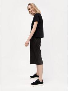 Čierne tričko so strapcami VERO MODA Tally
