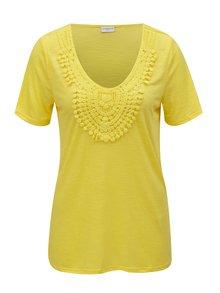 Tricou galben cu aplicatie din dantela Jacqueline de Yong Dodo