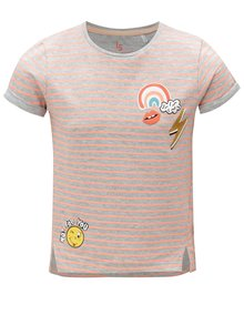 Oranžovo-šedé pruhované holčičí tričko s potiskem 5.10.15.