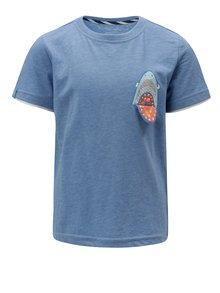 Modré klučičí tričko s potiskem 5.10.15.