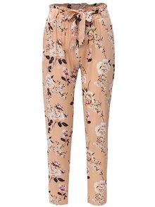 Pantaloni roz piersica lejeri cu model floral si talie inalta Haily´s Ronja