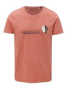 Koralové pánske tričko s potlačou Broadway Deverd