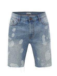 Pantaloni scurti albastri din denim cu terminatii nefinisate Burton Menswear London