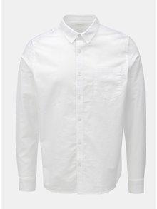 Bílá košile s náprsní kapsou a dlouhým rukávem Burton Menswear London