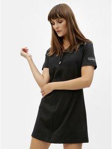 Čierne minišaty s nášivkou Calvin Klein Jeans