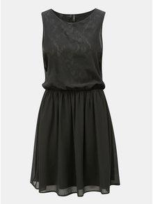 Černé šaty s gumou v pase VERO MODA