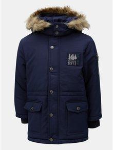 Tmavomodrá chlapčenská zimná bunda s umelým kožúškom Blue Seven