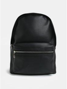 Černý batoh s detaily ve stříbrné barvě Pieces Tilliie