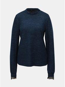 Modrý žíhaný svetr s krajkovými detaily a stojáčkem VERO MODA Penny