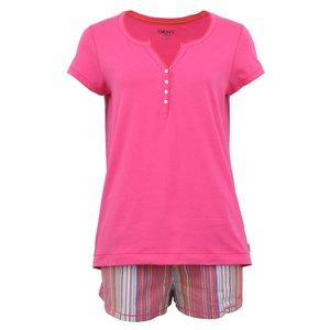 Pijamale roz cu șort în dungi de la DKNY