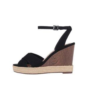 Sandale negre Tamaris cu platformă Wedge