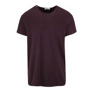 Tricou vișiniu Selected Homme Pine cu model discret