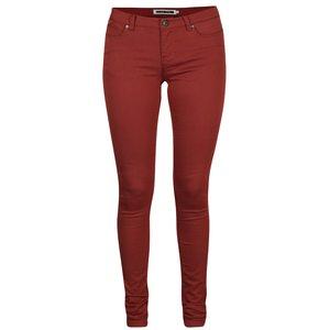 Pantaloni slim fit roșu cărămiziu Noisy May Eve la pretul de 159.99