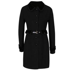 Palton negru Miss Selfridge cu curea în talie la pretul de 439.99