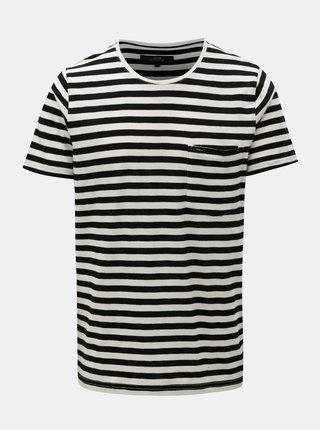 Tricou alb-negru in dungi cu buzunar la piept Makia Verkstad