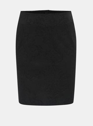 Čierna kvetovaná sukňa s rozparkom v zadnej časti SEVERANKA