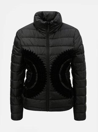 Černá zimní bunda se sametovým potiskem Desigual Pune