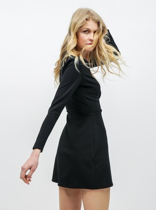 Čierne rebrované šaty Miss Selfridge