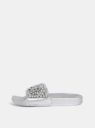 Dámské pantofle ve stříbrné barvě s aplikací Haily´s Alisa