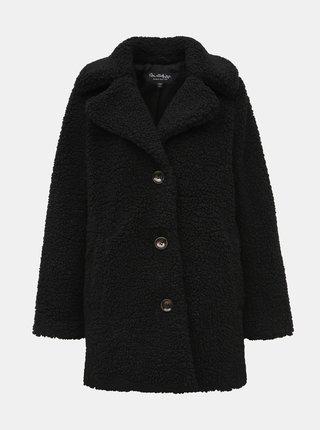 Černý kabát z umělého kožíšku Miss Selfridge