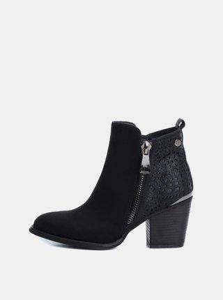 Černé dámské kotníkové boty v semišové úpravě Xti