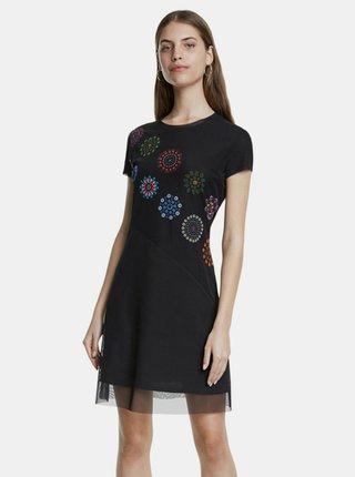 Čierne vzorované šaty Desigual
