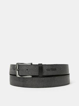 Černý pánský puntíkovaný kožený pásek Guess