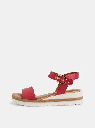 Červené kožené sandálky na platforme Tamaris