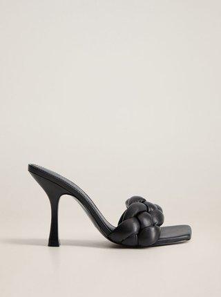 Černé kožené pantofle na podpatku Mango Knotty