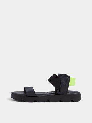 Čierne kožené sandále Tamaris