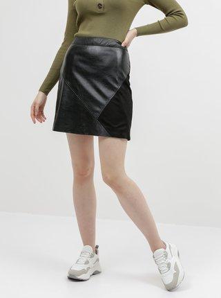 Čierna koženková sukňa s detailom v semišovej úprave VILA Hallo