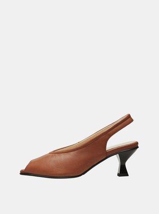 Hnědé kožené sandálky Selected Femme Klara