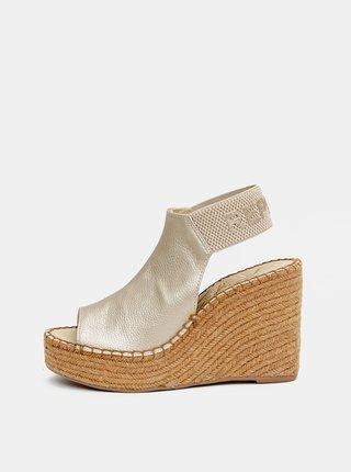 Dámské sandálky ve zlaté barvě na klínku Replay