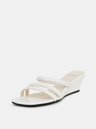 Bílé dámské kožené pantofle na klínku Vagabond Nellie
