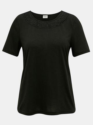 Černé tričko s krajkovým lemem Jacqueline de Yong Finja
