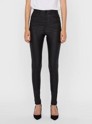 Čierne skinny fit nohavice s povrchovou úpravou VERO MODA Loa