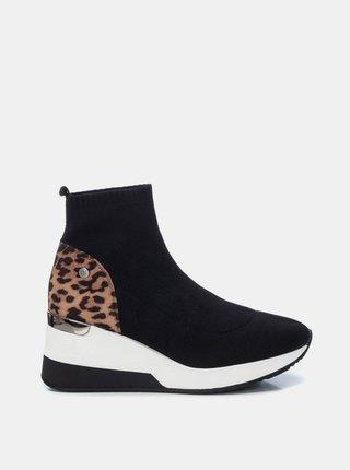 Pantofi sport si tenisi pentru femei Xti - negru