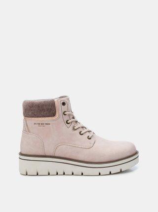 Světle růžové dámské kotníkové boty Xti