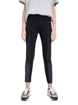 Desigual černé kalhoty Pant Snake Lady