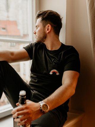 Černé pánské tričko ZOOT Original Piju jako duha
