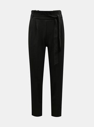 Černé kalhoty se zavazováním Miss Selfridge
