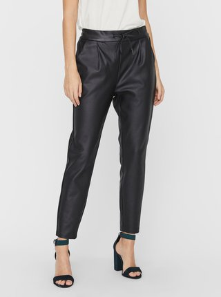 Černé zkrácené koženkové kalhoty VERO MODA Eva