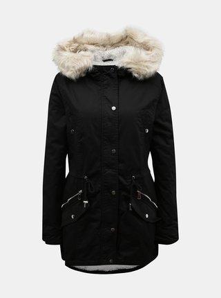 Černá zimní parka s umělým kožíškem TALLY WEiJL