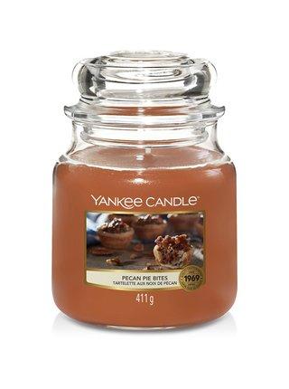 Yankee Candle vonná svíčka Pecan Pie Bites Classic střední