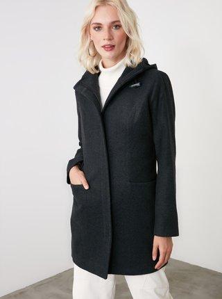 Černý dámský kabát s kapucí Trendyol
