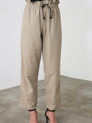 Béžové dámske skrátené nohavice Trendyol