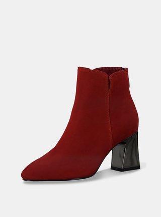 Červené semišové kotníkové boty Tamaris